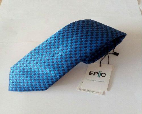 Διαγωνισμός cibrato.gr με δώρο χειροποίητη γραβάτα 5127492737a