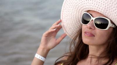 Διαγωνισμός cibrato.gr με δώρο επώνυμα γυαλιά ηλίου 78c72fc7177